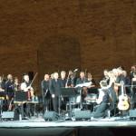DSCF0034 - con Neri Marcorè - Sferisterio di Macerata. agosto 2019